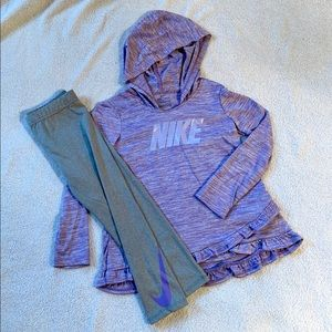 Toddler girls Nike sweatshirt/legging set